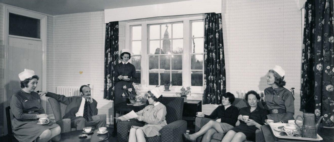 Nurses relax on sofas for tea break