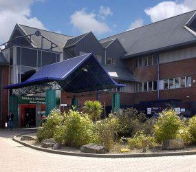 Front entrance of Salisbury Hospital