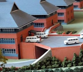 Model of Salisbury District Hospital including ambulances