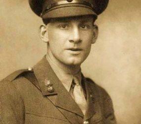 Seigfried Sassoon in uniform