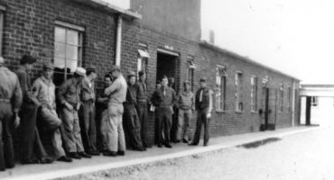 Soldiers queueing up outside the mess hall