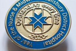 Commemorative badge
